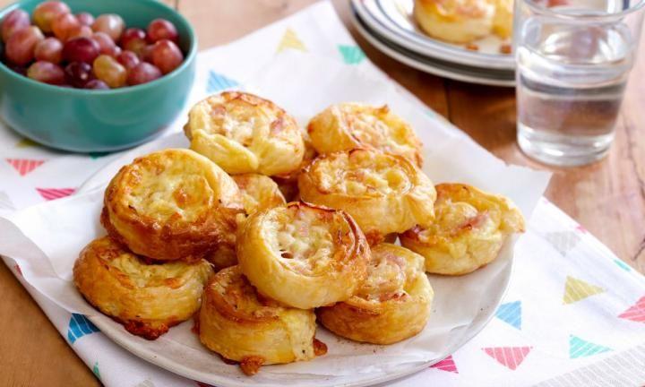 Cheese and ham scrolls - Kidspot