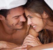 En couple, les années passent et la routine s'installe… Découvrez nos conseils pour raviver la flamme et toujours suspendre votre partenaire.
