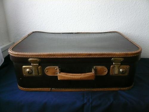Antiker Koffer Dachbodenfund Deko für Fotografie Schaufenster braun schön | eBay