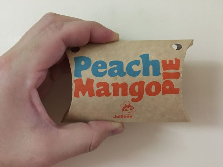 Remarkably one of the best fast-food pies in the Philippines. #jollibee #peach #mango #pie  #spicychopsticks