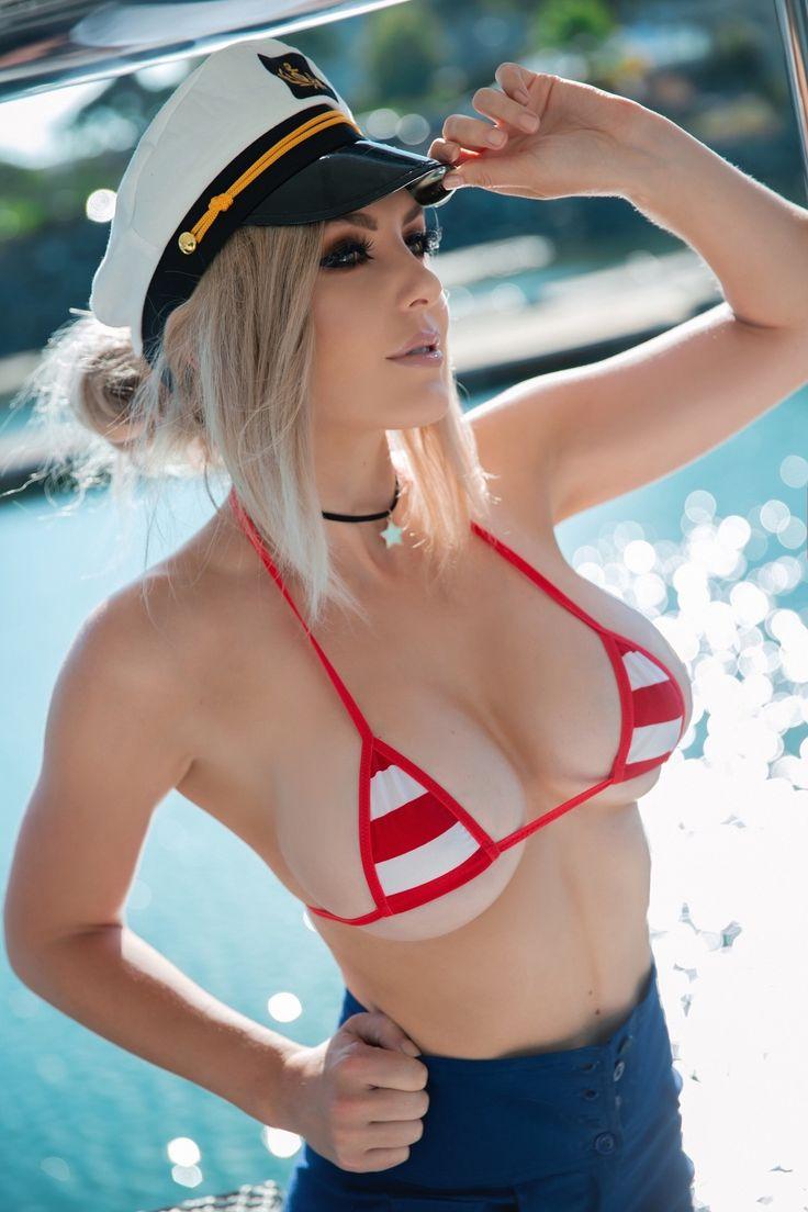 Jessica Nigri Black Bikini