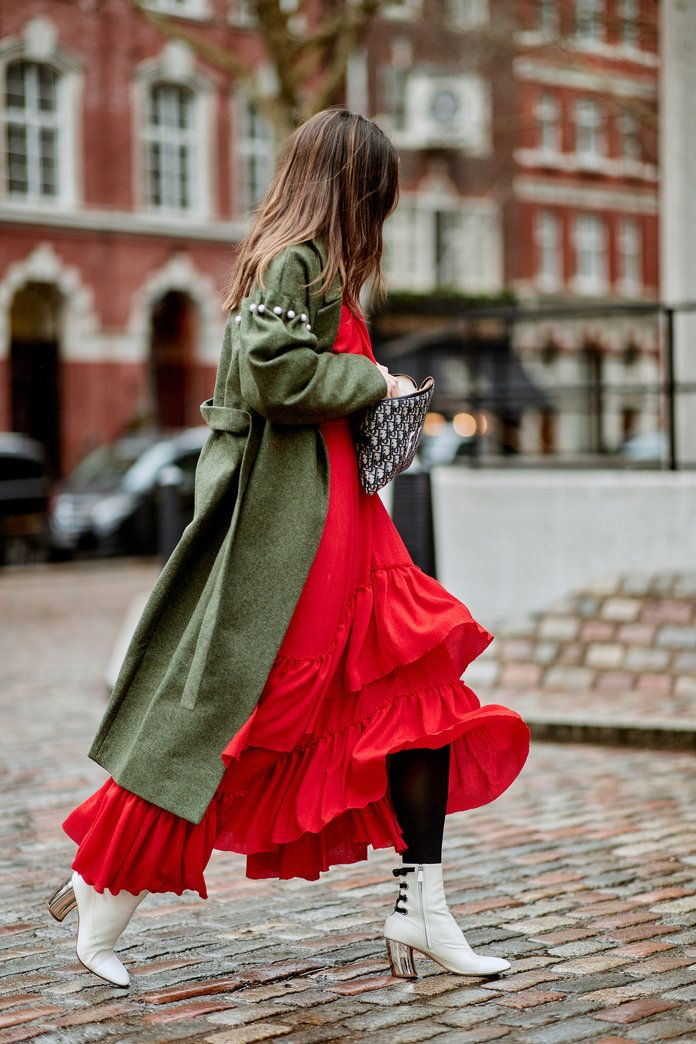 The Best Street Style From London Fashion Week Fall 2018   InStyle.com