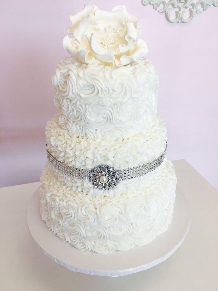 Rosette Style #WeddingCake #DvasCakes #Cambridge