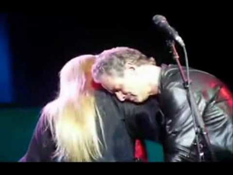 At the end of the song,Stevie was crying and couldn't finish Silver Springs so Lindsey did [Atlantic City NJ 11/29/97]