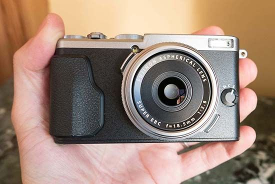 Fujifilm X70 Preview
