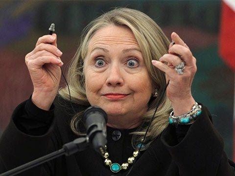 Хиллари Клинтон - психически больной человек. Анализ поведения.