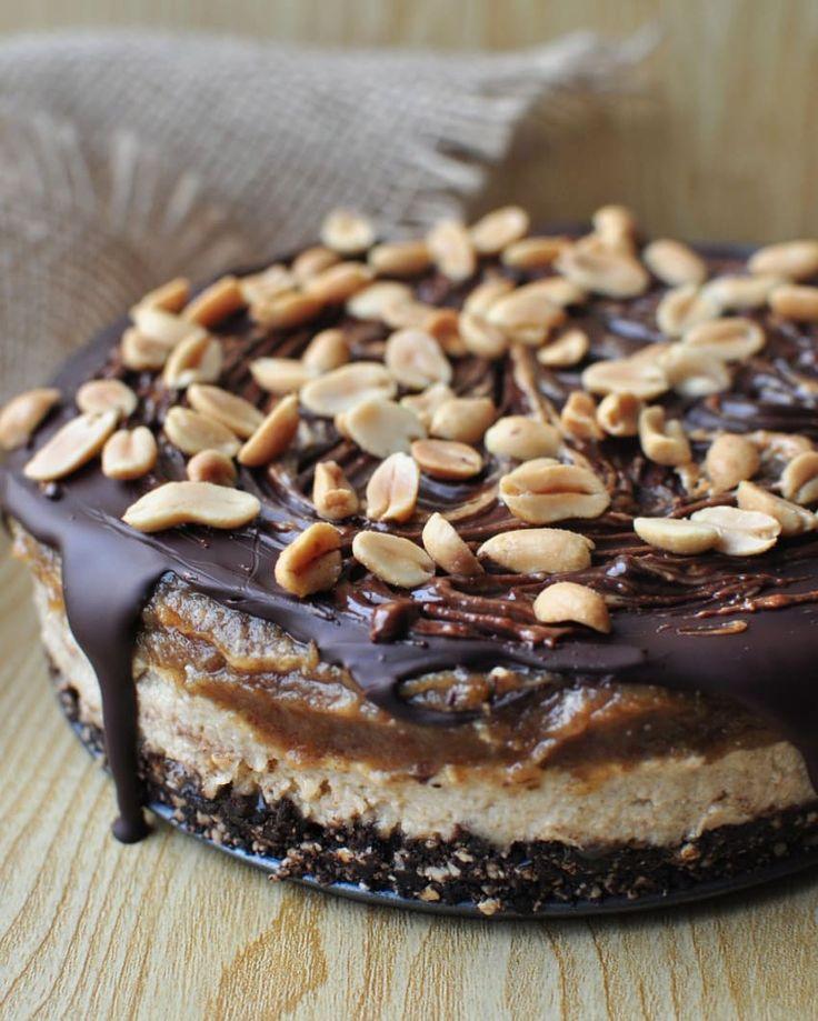 Közkívánatra a #snickers torta receptje!