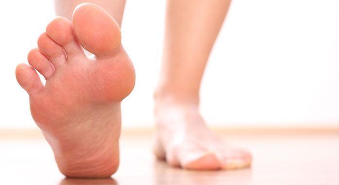 Μύκητες ποδιών: Συμπτώματα & τρόποι αντιμετώπισης για θεραπεία