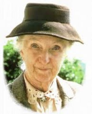 Agatha Christie Marple actress. Joan Hickson, the best ever Miss Marple.  In fact, chosen by Agatha herself to play Miss Marple.