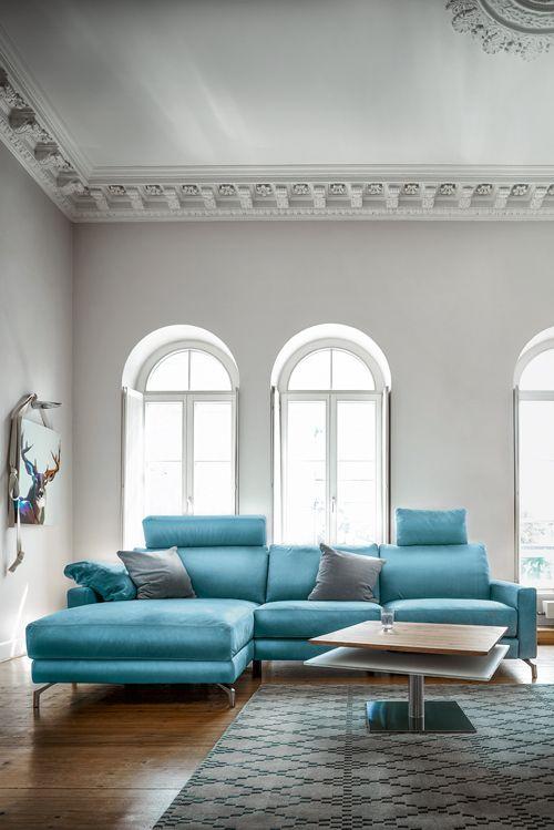 Meeresblick fürs Wohnzimmer mit Contur 7100 von Spitzhüttl Home Company. #möbel #einrichtung #sofa #leder #contur