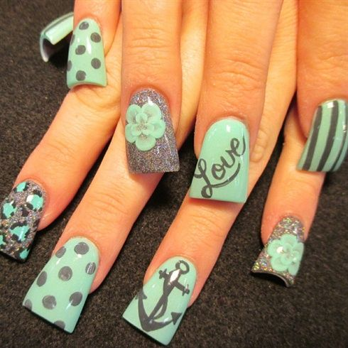love and anchors by Oli123 from Nail Art Gallery