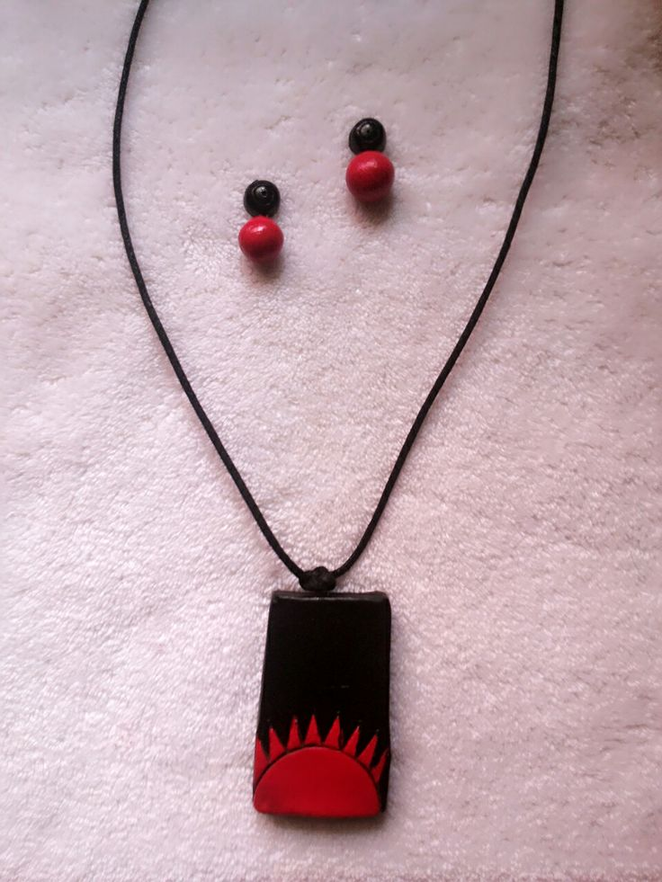 Handmade terracotta jewellery with red and black color combination. 8807288819 whats app to order  #handmadewithlove https://Facebook.com/terrcottafactory