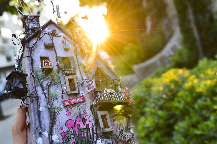 "Miniature housie ""Family""2017 by Katarina Pridavkova  For more pics of this artproject visit http://pridavkova.com/project/family/   #miniatureart  #miniaturehouse  #dioramaart  #miniaturehouse  #housemodel  #architecturemodel  #modelmaking  #diorama  #pridavkova"