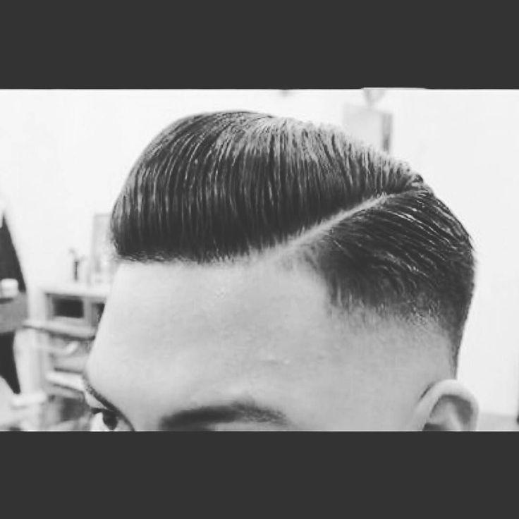 Kedewasaan seseorang terlihat ketika dia potong rambut jika dia bayar 5k maka dia masih anak dan jika dia bayar 15k maka dia udah dewasa  . . . #intagram #instapic #instalike #instamoment #like4like #likeforfollow #folowme #followforfollow #newhairstyle #rockabilly #rockabillystyle #barbershop by heywok_