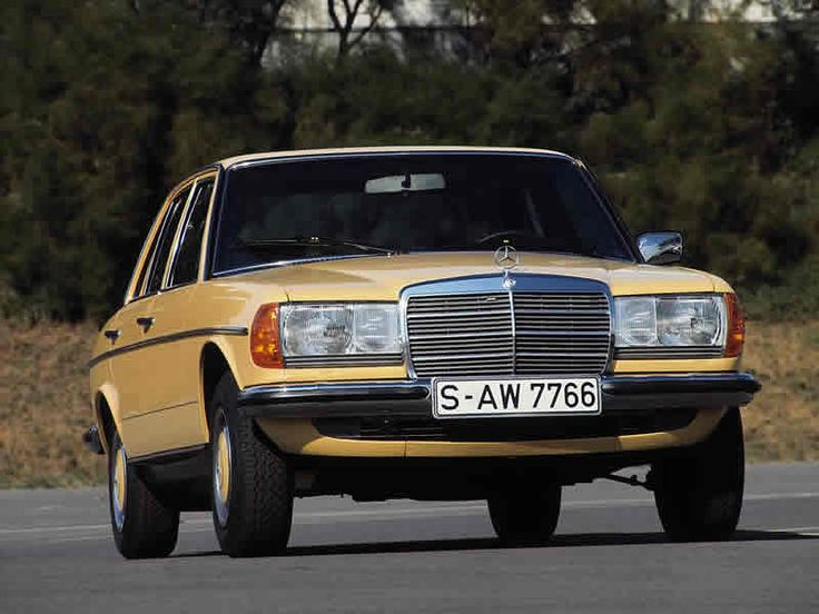 Mercedes Benz cars   Mercedes-Benz: Daimler starts Young Classics pilot project