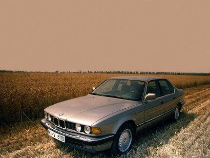 BMW 730i (1986 – 1994).