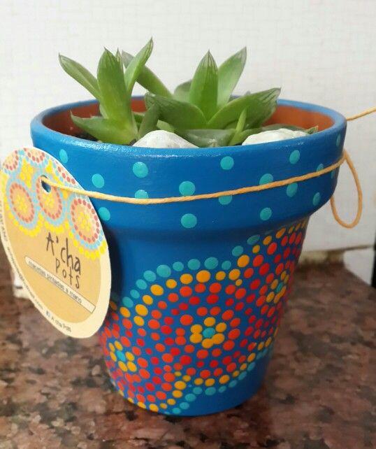 Blue hand painted flowerpot. Macetas pintadas a mano. Facebook:  A'cha Pots. achapots@hotmail.com