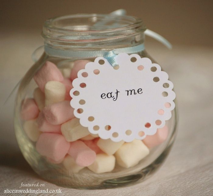 Vintage-twee-Eat Me Doily Tags _Vintage Twee_4.00 for set of 8