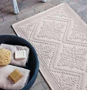 Tapis de bain en coton sable ou olive Nepal Aquanova