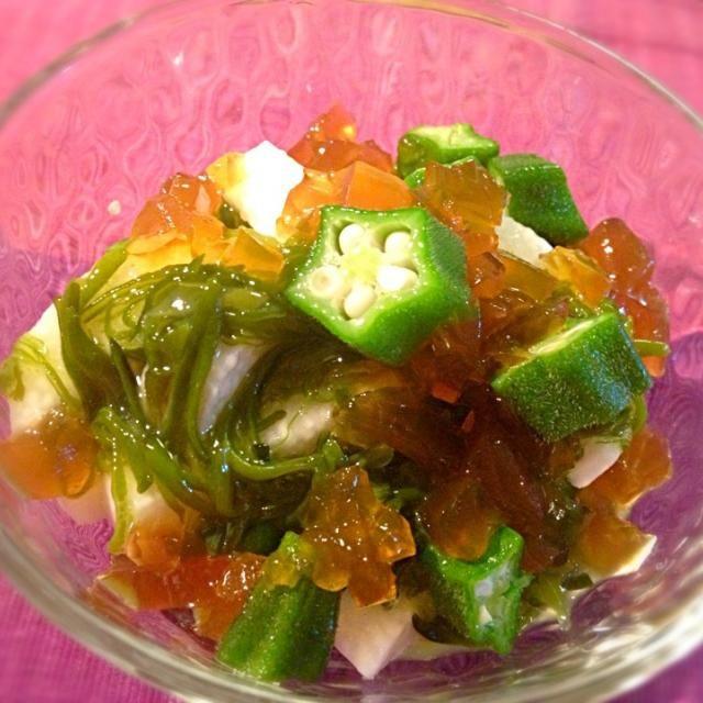 ジュレは手作りで。美味しい。 - 62件のもぐもぐ - めかぶ、おくら、長芋の土佐酢ジュレ和え by sakichan63