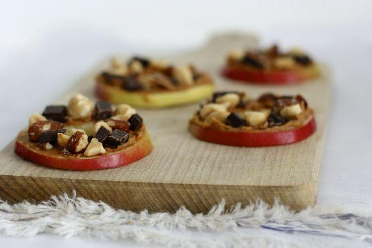 KIDS: Appel-pindakaaskoekjes, veel leuker dan die eeuwige appelpartjes! #healthy #easy #kidsproof #snack