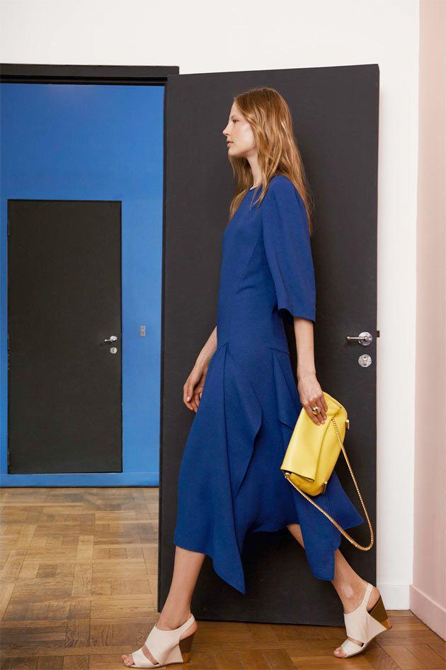 A pré primavera-verão 2015 da Chloé da estilista Clare Waight Keller sai de uma visita... Mais