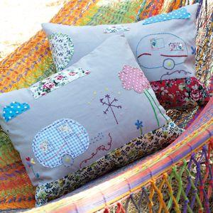 appliqué a cushion , freebie templates: thanks so xox