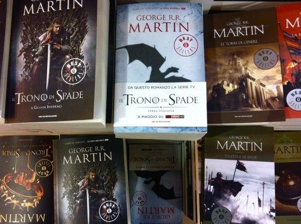 Grande successo al Salone del Libro per la saga fantasy Le Cronache del Ghiaccio e del Fuoco, il terzo libro di Il Trono di Spade va a ruba