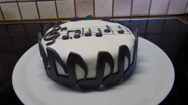 happy birthday noten kuchen fondant fondant cakes by me. Black Bedroom Furniture Sets. Home Design Ideas