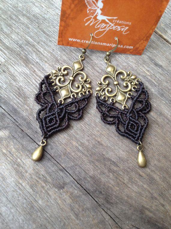 Micro macramé earrings Fleur de lis  darkest par creationsmariposa, $30.00
