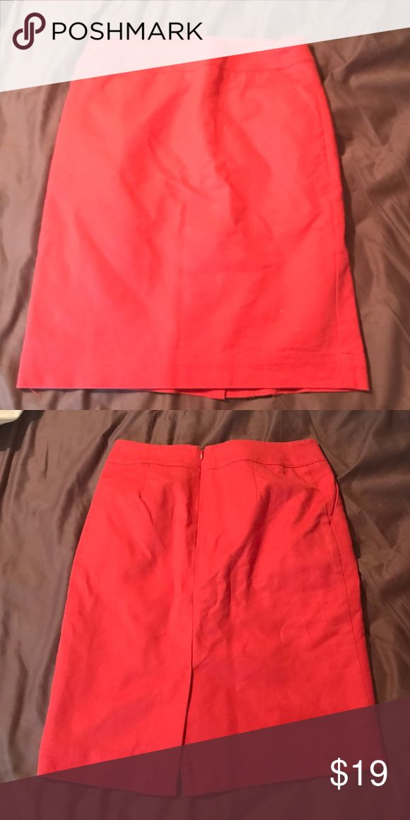 Coral Pencil Skirt Coral Pencil Skirt perfect to wear to work. Slight slit in back that adds style to a basic professional Skirt. Size 2. Great condition, make an offer Merona Skirts Pencil