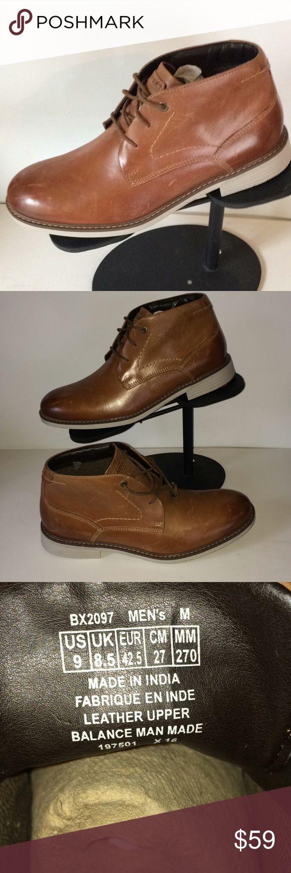 Rockport men's leather ankle boots sz 9 Rockport men's leather ankle boots sz 9 New with scratches from handling Rockport Shoes Chukka Boots