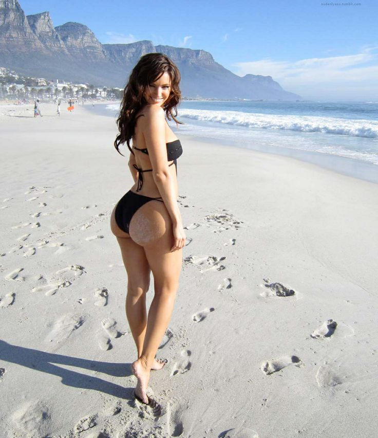 Beach Booty!!!  7 Scientific Tricks to Have ANY Woman You Want!