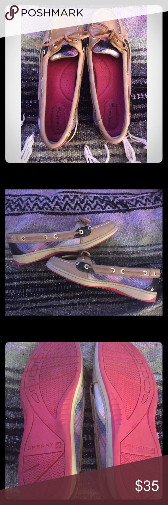 Sperry Top-Siders Women's Angelfish Plaid with Sequins Size  8M gently used, very clean and in great shape-only worn a handful of times. Smoke free environment and please feel free to ask me any questions. Sperry Top-Sider Shoes Flats & Loafers