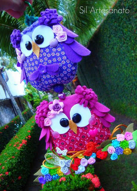 Love these colors...pretty crafted owl...pic only