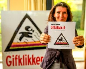 Esther Ouwehand bij presentatie zwartboek Gifklikker.nl