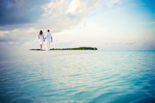 10 Posh and Private Caribbean Honeymoon Villas