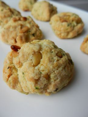COOKIES APERO PIGNONS/BASILIC/PARMESAN - C secrets gourmands!! Blog de cusine, recettes faciles, à préparer à l'avance, ...