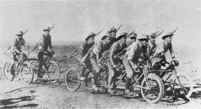 BICYCLES IN THE ANGLO-BOER WAR OF 1899-1902 The 'War Cycle' carried several men on the coupling-framework in addition to the eight riders,  could be fitted with a Maxim gun, and was capable of a speed of over 48 kmh.  Photo: Africana Museum