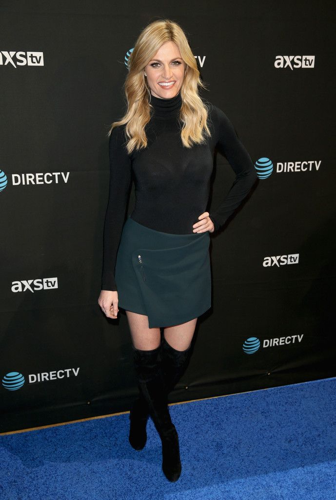 Erin Andrews Mini Skirt - Mini Skirt Lookbook - StyleBistro