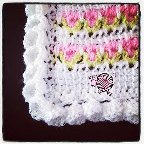 Free Crochet Flower Edging Pattern : 17 Best images about Crochet : Gorgeous Border & Edging ...