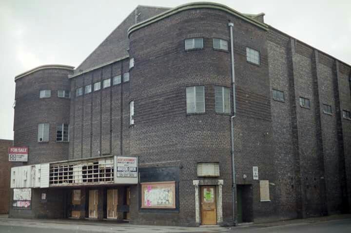 THE OLD EMPIRE CINEMA