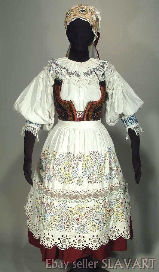 CZECH FOLK COSTUME old Bohemian kroj Blata beaded apron