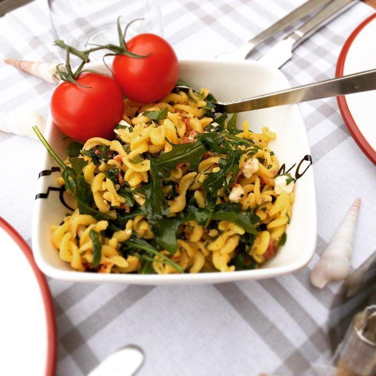 #homegolucky #showroom #berlin #pberg #rivieramaison #lexington #lexingtoncompany #deco #onlineshop #salad #pasta #shopping #sunday #summer #evening