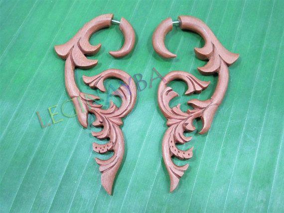 wooden fake gauges by Leginayba on Etsy, $6.99 #tribal earrings #tribal style #wooden earrings #FakeGauge #FauxGauge #OrganicJewelry #EcoJewelry #natural #bali