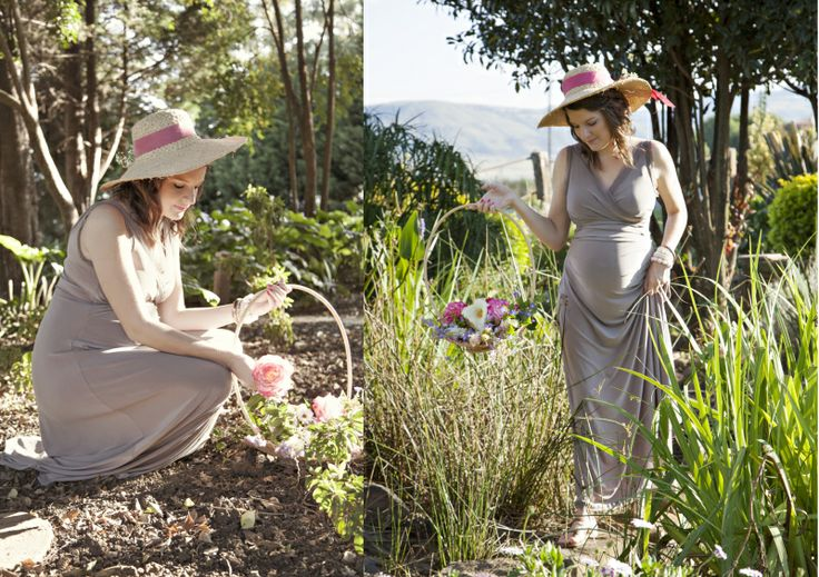 styled maternity shoot