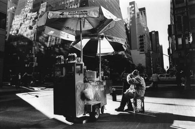 "Rebecca Reeve - UK ""Hot Dog Seller"""