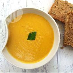 Kokosowa zupa z czerwonej soczewicy z marchewką @ allrecipes.pl