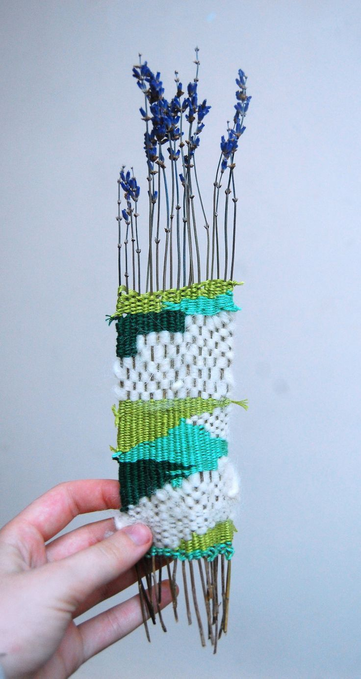 Weaving with lavender, via Blogbloeme I Stylingsinja
