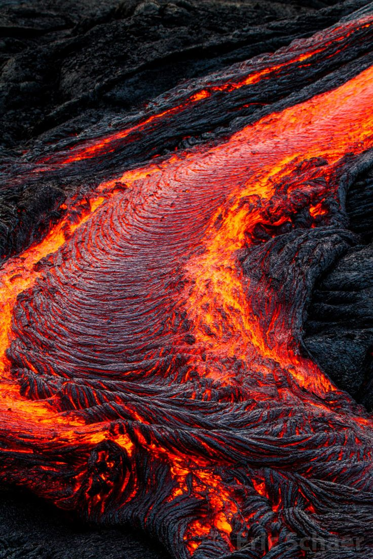 Hawaii lava flow by eric schaer closeup of the south edge of the lava flow